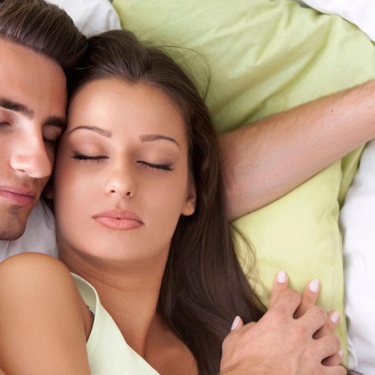 8 Claves para descansar en pareja