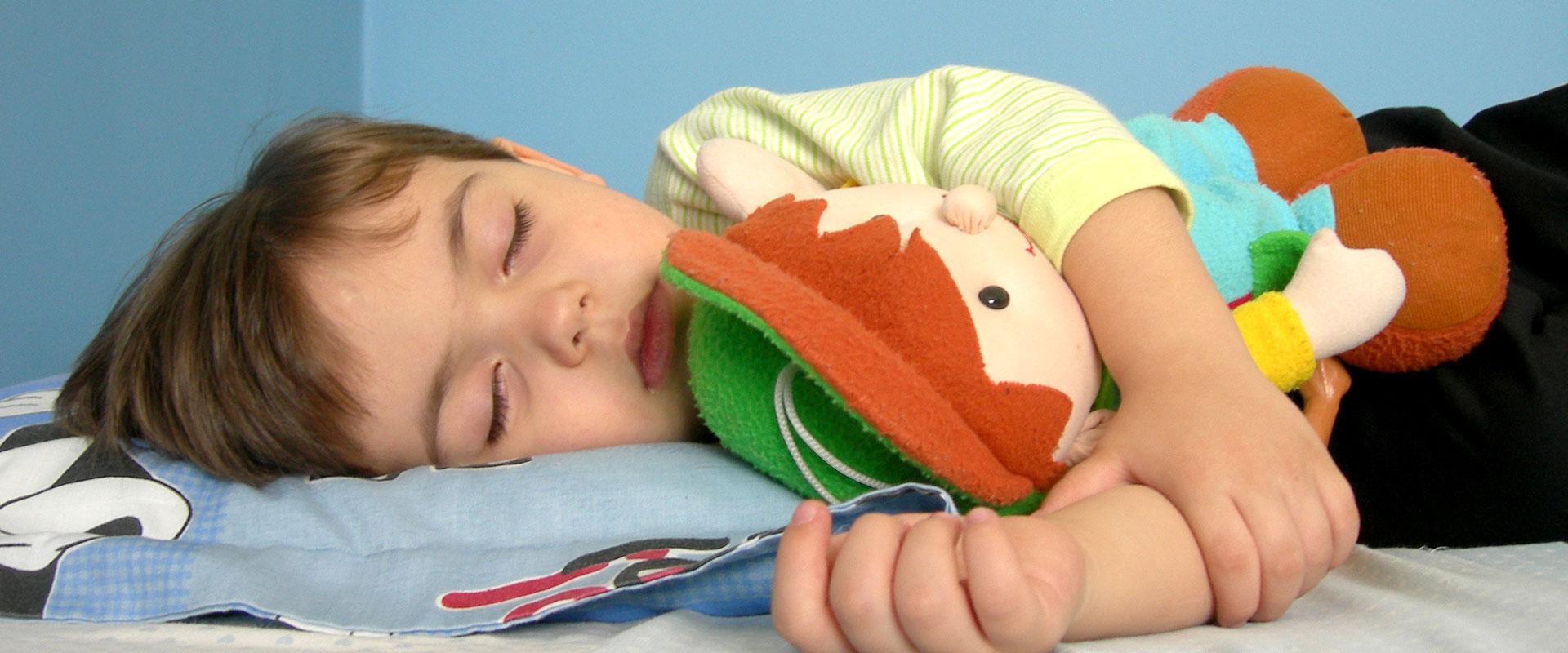 ¿Sabes cómo debes despertar a tu niño?