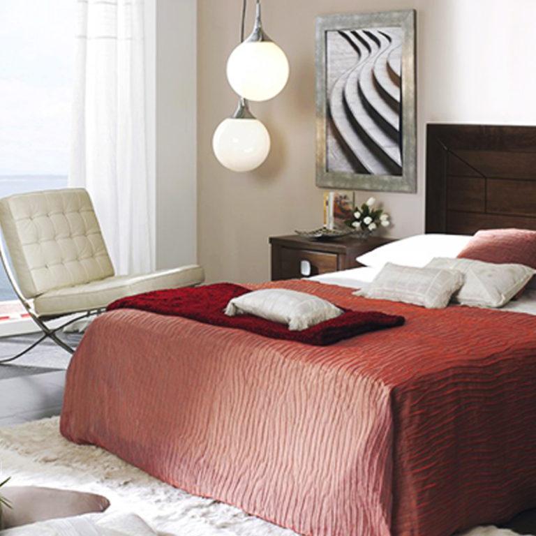 Orienta bien tu cama ¡y dormirás mejor!