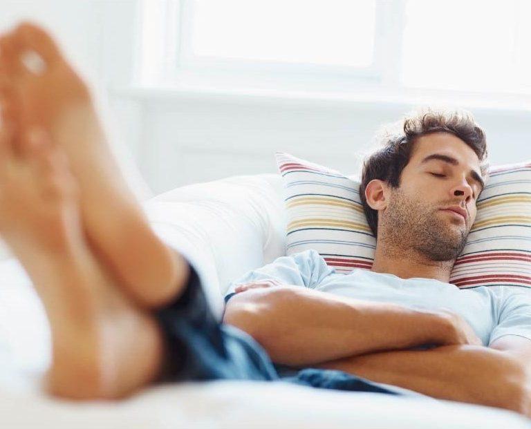¿Cuánto tiempo debe durar una siesta ideal?