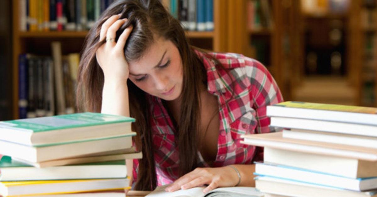 Consejos para un mejor descanso y rendimiento en temporada de exámenes